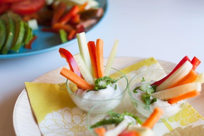 la-cuchara-azul-receta-crudite-verduras-crema-azul-1