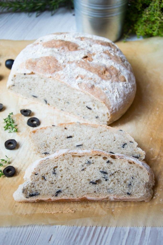 pan-aceitunas-y-tomillo-la-cuchara-azul-11